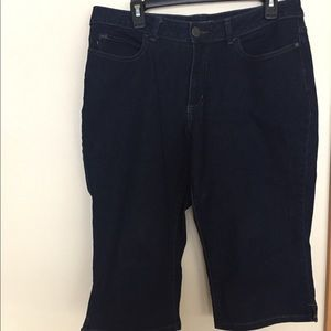 LEE Dark Denim Capris 14
